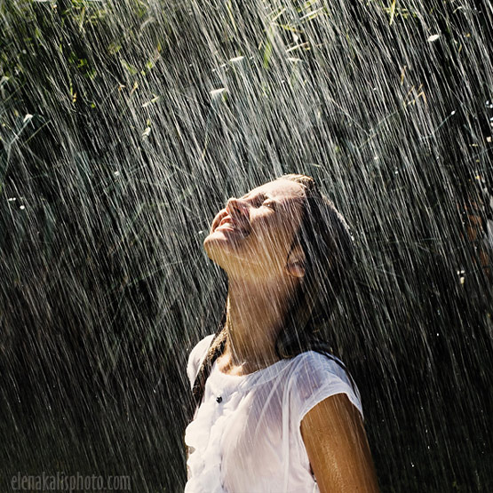 rainphotos09 in 35 (Really) Beautiful Examples of Rain Photography