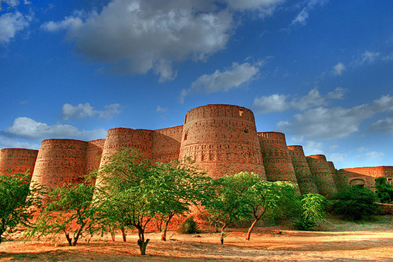 07 Derawar Fort Cholistan Pakistan in 15 Beautiful and Amazing Pictures of Pakistan