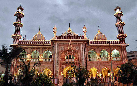 08 Karachi Aram Bagh Mosque in 15 Beautiful and Amazing Pictures of Pakistan