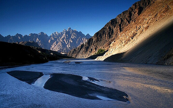 11 Pakistan View from Lord of the Rings in 15 Beautiful and Amazing Pictures of Pakistan