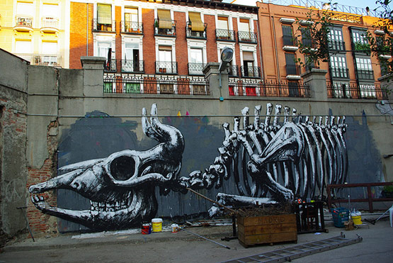 1727 in Graffiti Street Art of Animals