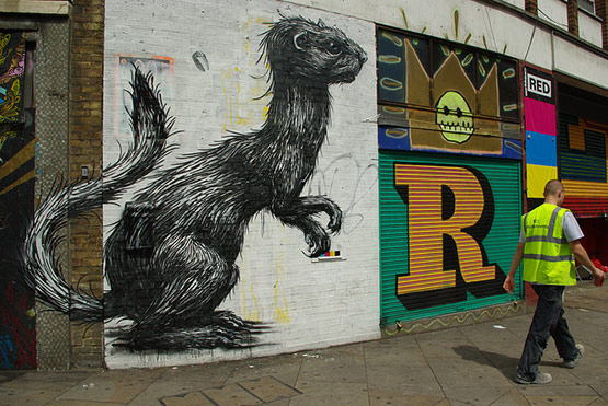1728 in Graffiti Street Art of Animals
