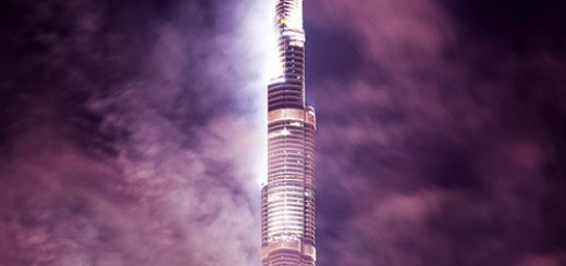 Burj-Khalifa-in-Cloud-Dubai