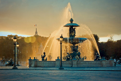 Paris Fountain - Beautiful Pictures of Paris, France