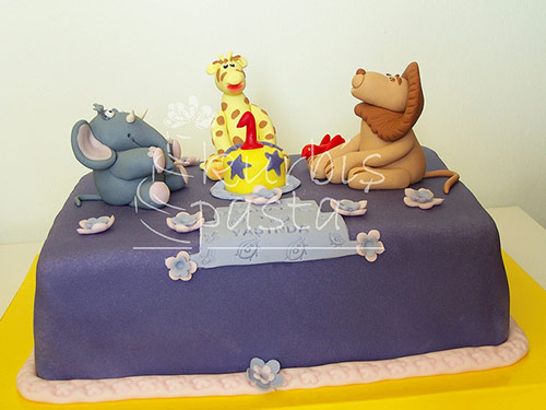 Jungle Animals Cake Design - Creative Cake Designs