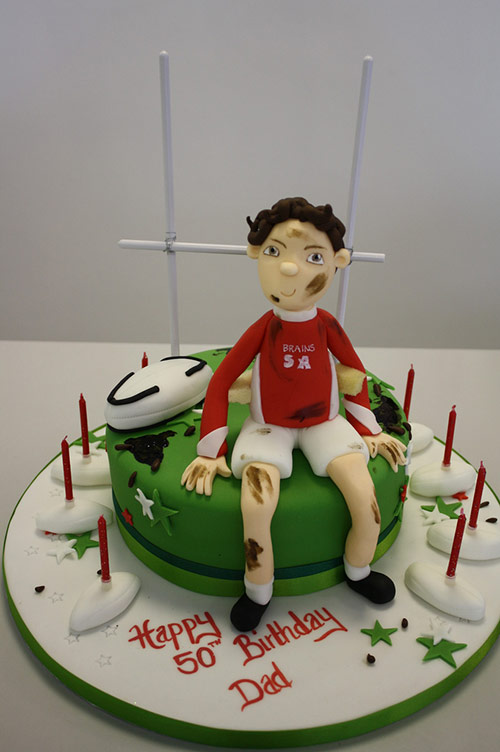 21 cake rugby in 40 Creative Cake Designs Which Will Make You Look Twice