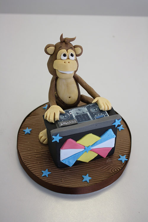 Cake - Monkey Dj Topper - Creative Cake Designs