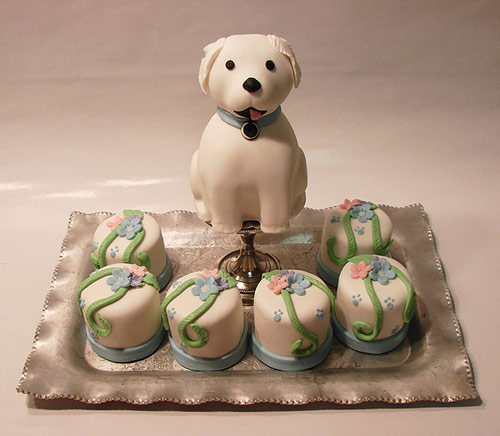 Puppy Cakelet with Mini Cakes - Creative Cake Designs