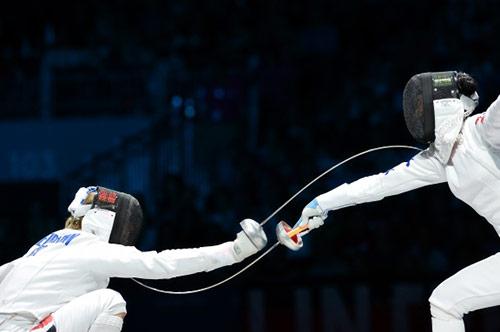 Women's Fencing