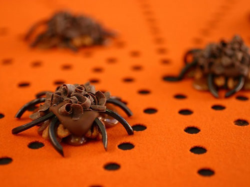 Pecan Carmel Spiders