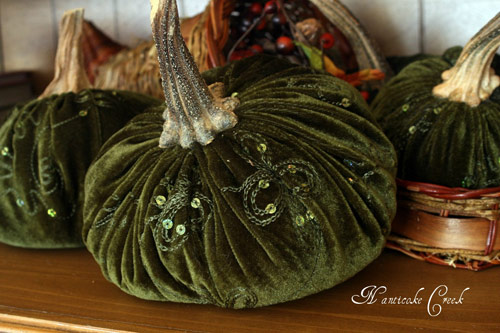 Embellished Velvet Pumpkin Forest Green