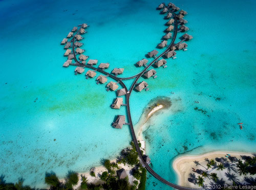 Bora Bora Resort & Thalasso Spa seen from a Kite
