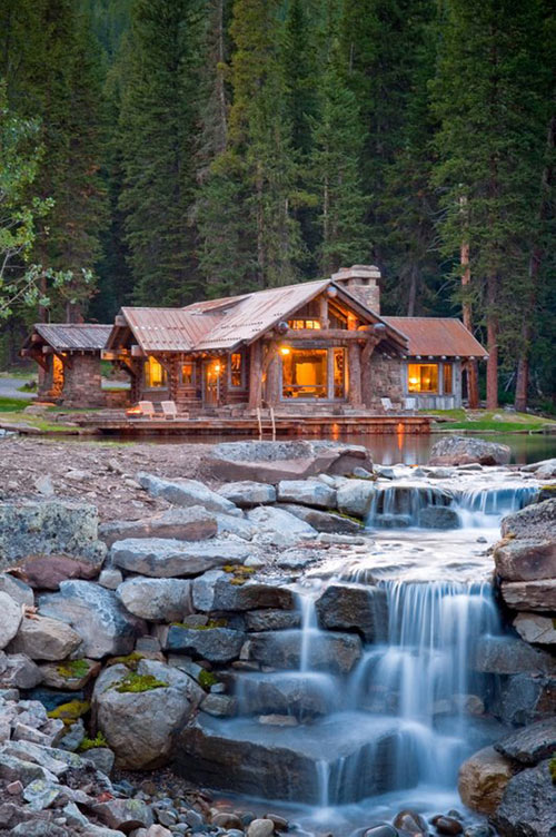 Rustic Cabin in Montana