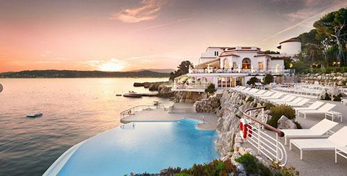 Cote dAzur Seafront Hotel